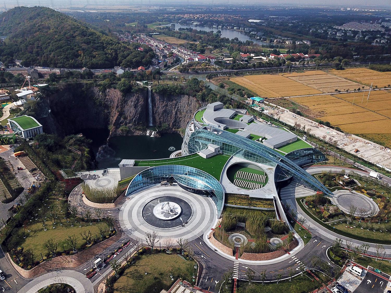 shimao-wonderland-intercontinental-hotel-complete6
